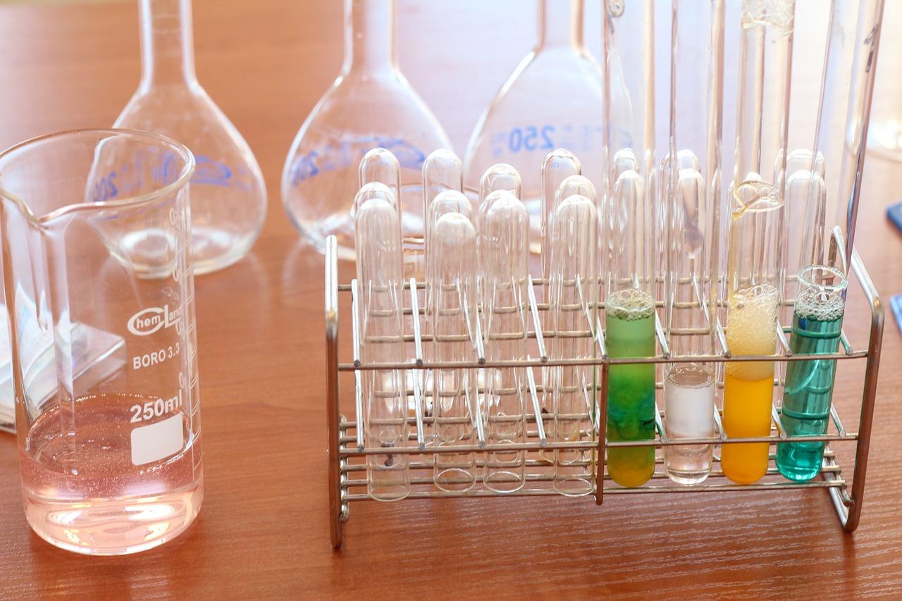 ビタミンCの自由研究①小学&中学それぞれの代表例を紹介