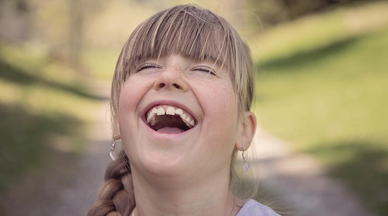 笑いの効果は健康だけじゃない。笑いは「創造性」をも高める!