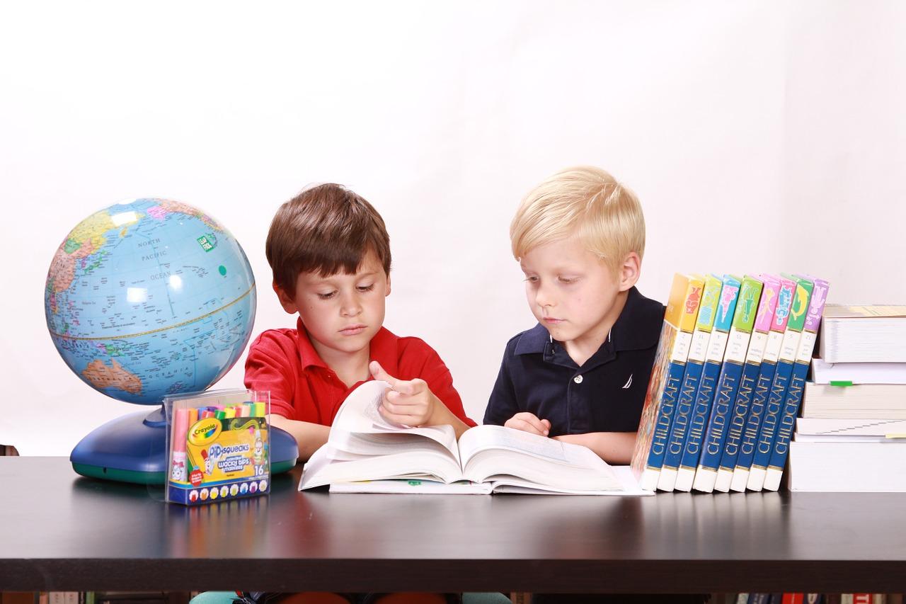 【子供にアドバイス】読書感想文の「本」の選び方と、感想の書き方